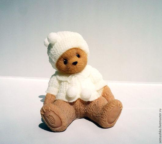 Чудесное ароматное мыло, которое станет прекрасным подарком для любого. Работа может быть исполнена в любой цветовой гамме и ароматом на Ваш выбор.