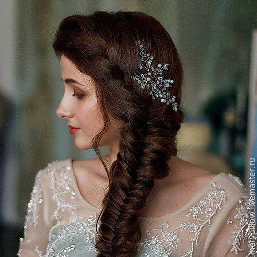 Свадебная веточка в  популярном цвете этого свадебного сезона Serenity Pantone  Нежная веточка в популярном оттенке этого свадебного сезона. Идеально подойдет для любой свадебной прически