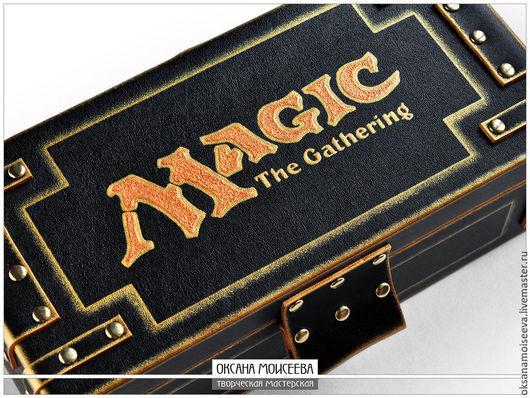 Шкатулки ручной работы. Ярмарка Мастеров - ручная работа. Купить Шкатулка для карт MAGIC the gathering (золото). Handmade. Черный