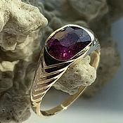 Украшения handmade. Livemaster - original item 2,12ct Natural Unprocessed Ruby in a women`s 585 gold ring. Handmade.