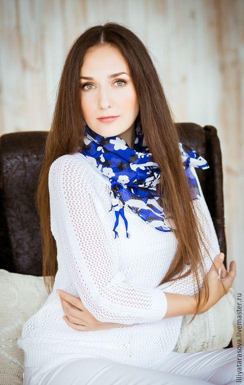 """Броши ручной работы. Ярмарка Мастеров - ручная работа. Купить комплект:брошь """"Стефани"""",платок. Handmade. Синий, оригинальный подарок"""