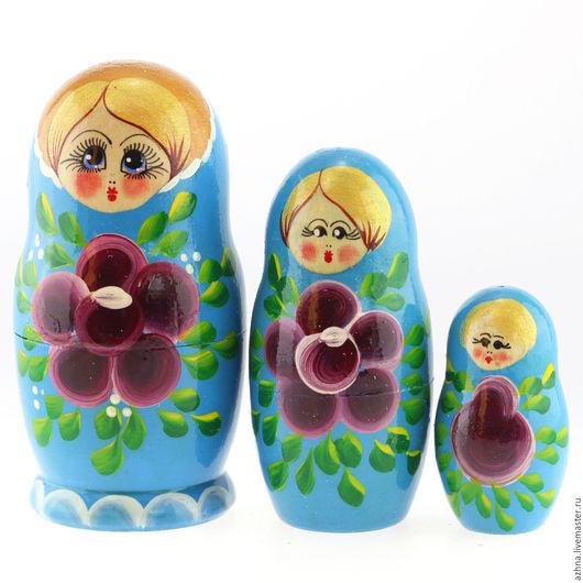"""Матрешки ручной работы. Ярмарка Мастеров - ручная работа. Купить Матрешка 3 места, """"Большой цветок"""" разные цвета, 10.5 см. Handmade."""