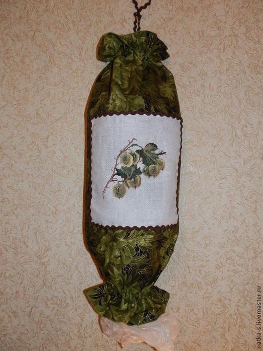 """Кухня ручной работы. Ярмарка Мастеров - ручная работа. Купить Пакетница """"Крыжовник"""". Handmade. Зеленый, крыжовник, для пакетов, пакетница с вышивкой"""