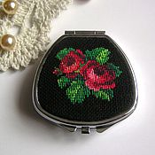 Для дома и интерьера handmade. Livemaster - original item Pill box (small box) with embroidered