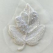 Аппликации ручной работы. Ярмарка Мастеров - ручная работа Аппликации: Люневильская вышивка Белый Листик 26 долларов. Handmade.
