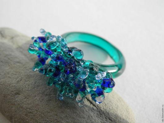 Кольца ручной работы. Ярмарка Мастеров - ручная работа. Купить Авторское кольцо из муранского стекла. Handmade. Морская волна