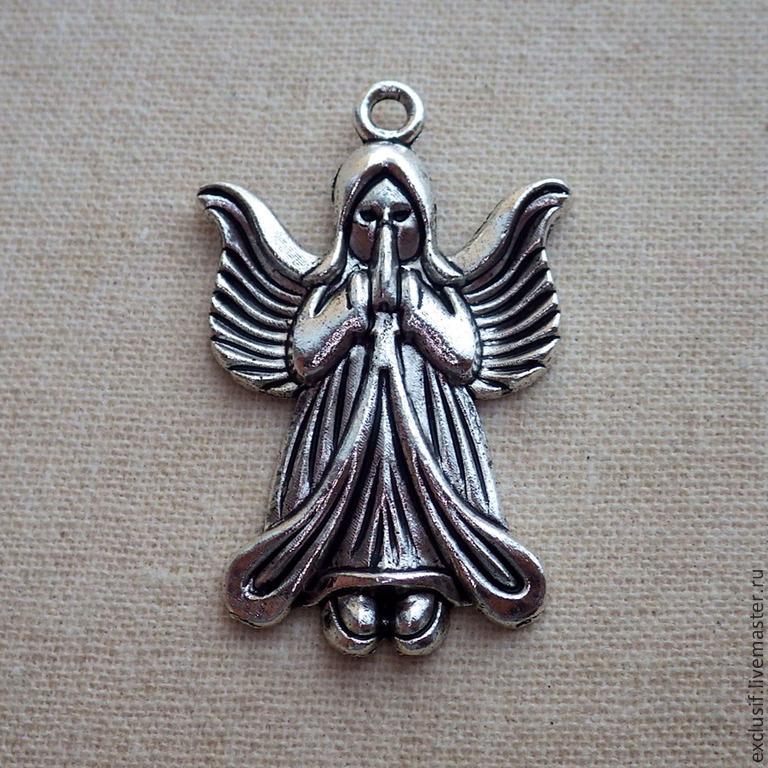 Фурнитура для украшений - подвеска для кулона в виде ангела. Цвет подвески - античное серебро. Размер ангела 3,5х2 см