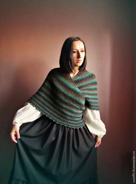 """Шали, палантины ручной работы. Ярмарка Мастеров - ручная работа. Купить Традиционная датская шаль """"Esmeralda"""" ,  вязаная шаль. Handmade."""
