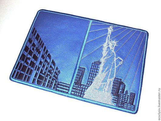 """Обложки ручной работы. Ярмарка Мастеров - ручная работа. Купить Обложка для паспорта """" Нью-Йорк,Нью-Йорк """". Handmade."""