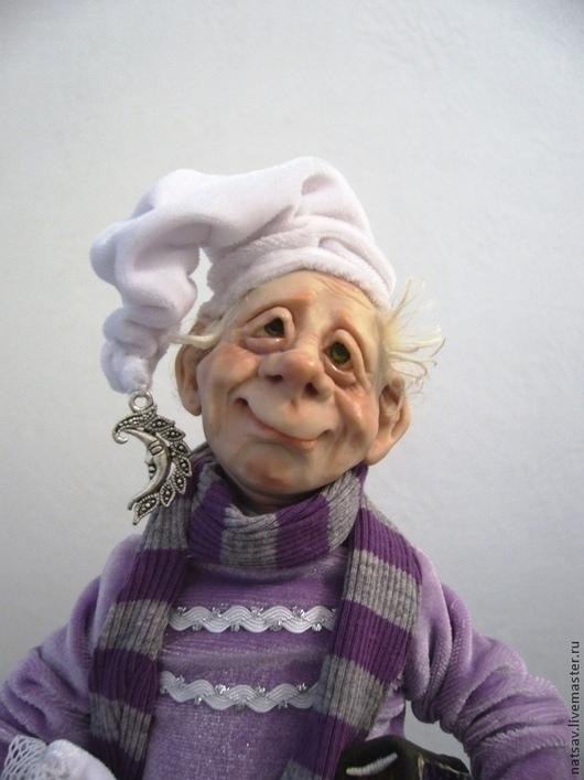"""Коллекционные куклы ручной работы. Ярмарка Мастеров - ручная работа. Купить Гном """"Фома""""  Нашел дом. Handmade. Бледно-сиреневый"""