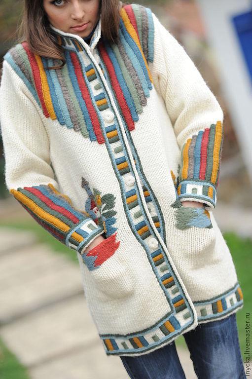 Верхняя одежда ручной работы. Ярмарка Мастеров - ручная работа. Купить Вязаное пальто W6. Handmade. Рисунок, домики, шерсть