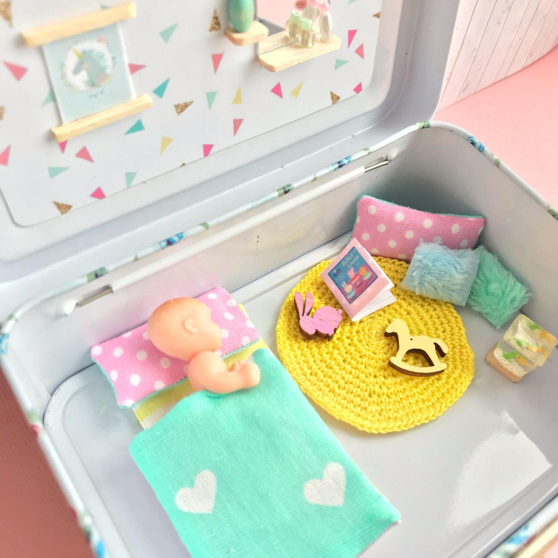 Мини домик для 2-х кукол в жестяном чемоданчике, Кукольные домики, Сарапул,  Фото №1