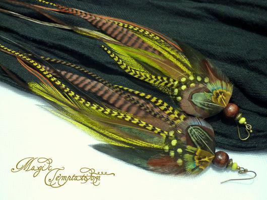 Серьги ручной работы. Ярмарка Мастеров - ручная работа. Купить Оливковые серьги из перьев. Handmade. Оливковый, оливковые серьги