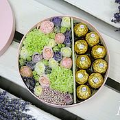 Букеты ручной работы. Ярмарка Мастеров - ручная работа Круглая коробочка с цветами. Handmade.