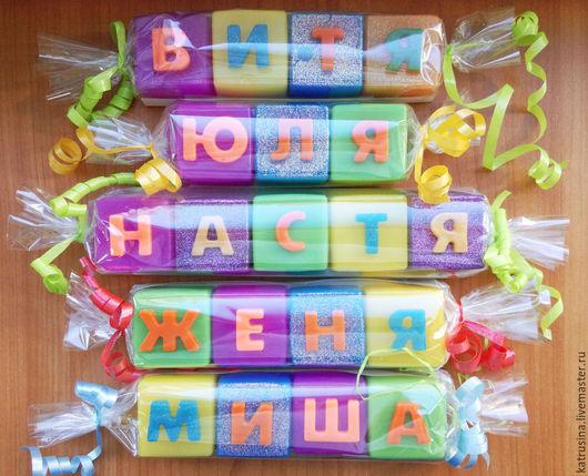 """Мыло ручной работы. Ярмарка Мастеров - ручная работа. Купить Мыло """"Буковки-имена"""". Handmade. Разноцветный, имя на заказ"""