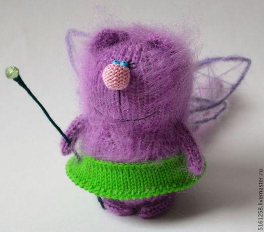 Миниатюра ручной работы. Ярмарка Мастеров - ручная работа. Купить КотоФея вязаная игрушка кошка волшебница мягкая игрушка. Handmade.