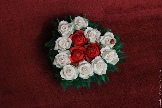 Букеты ручной работы. Ярмарка Мастеров - ручная работа. Купить Сердце из роз. Handmade. Шоколадные конфеты, розы, Шоколадные конфеты