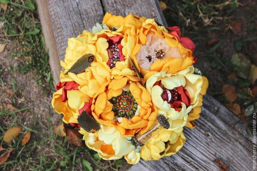 Свадебные цветы ручной работы. Ярмарка Мастеров - ручная работа. Купить Оранжево-бордовый свадебный брошь-букет LOVE. Handmade.