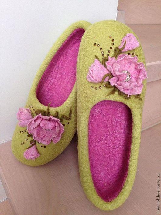 """Обувь ручной работы. Ярмарка Мастеров - ручная работа. Купить Тапочки """"Веснянка"""". Handmade. Салатовый, обувь ручной работы"""