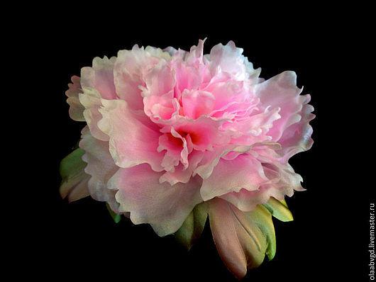 """Свадебные украшения ручной работы. Ярмарка Мастеров - ручная работа. Купить Пион  """"Луи""""  нежный цветок-брошь ручной работы. Handmade."""