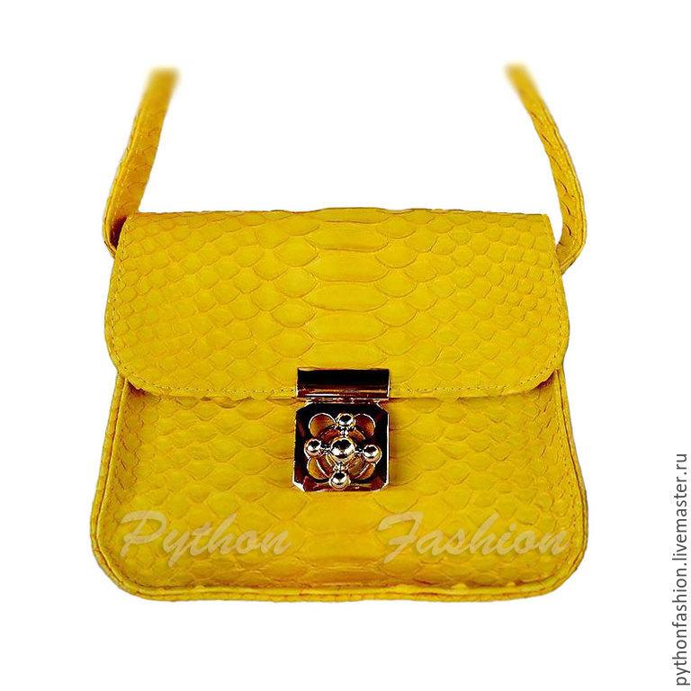 Handbag made of Python skin. Evening bag made from Python. Unusual purse shoulder strap. Designer women handbag made of Python skin. A handbag made of Python skin. Handbag for your.