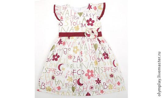Платье выполнено из 100% хлопка, с подкладкой - также из хлопка. Короткие рукава. Сзади на пуговках до талии, а также лента-бант на поясе.