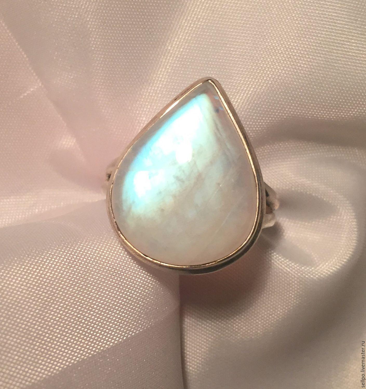 кольца лунный камень фото главным