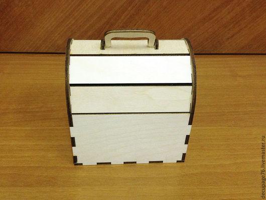 Сундучок с откидной крышкой (продается в разобранном виде) Размер: 13х13х10,5 см Материал: фанера 4 мм