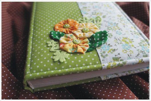 """Блокноты ручной работы. Ярмарка Мастеров - ручная работа. Купить """"Весна""""  блокнот для девушки. Handmade. Салатовый, блокнот с нуля"""