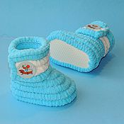 Работы для детей, handmade. Livemaster - original item Booties boots plush from pompon yarn blue. Handmade.