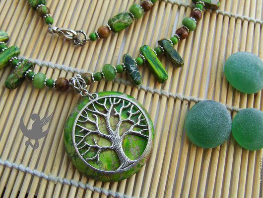 """Колье, бусы ручной работы. Ярмарка Мастеров - ручная работа. Купить Колье """"Мировое дерево Иггдрасиль"""". Handmade. Ярко-зелёный"""