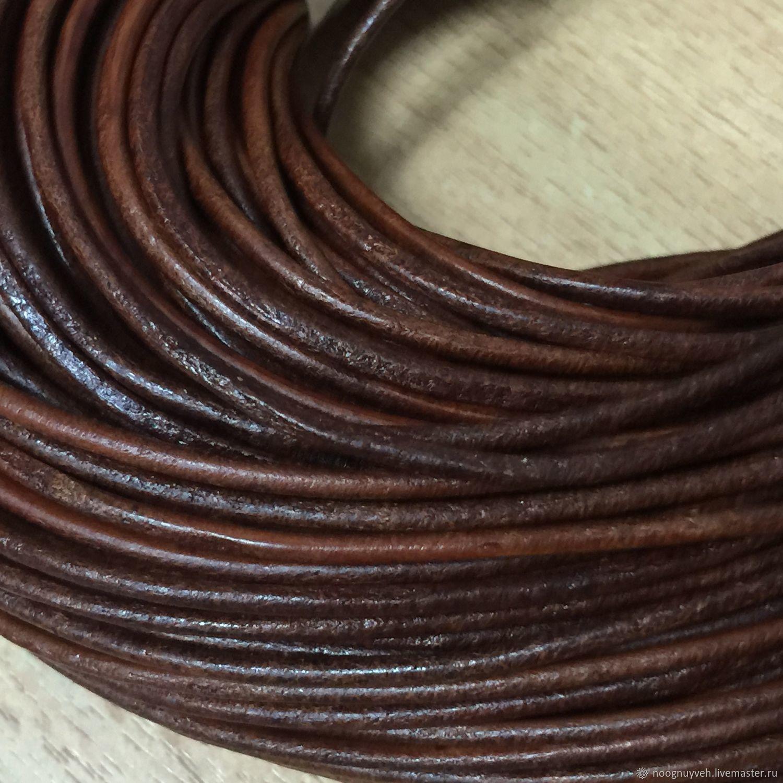 Для украшений ручной работы. Ярмарка Мастеров - ручная работа. Купить Шнур кожаный, коричневый , 2 мм. Handmade. Кожа
