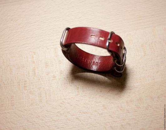 Браслеты ручной работы. Ярмарка Мастеров - ручная работа. Купить Кожаный ремешок для часов Zulu 18/20mm. Handmade. Натуральная кожа