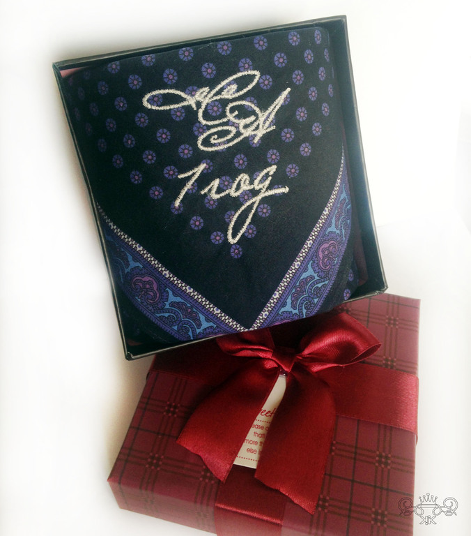 К чему подарок носовой платок 17