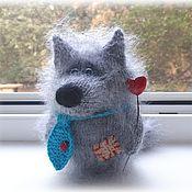 Мягкие игрушки ручной работы. Ярмарка Мастеров - ручная работа Одинокий Волк мечтает познакомиться! игрушка, сувенир, подарок. Handmade.