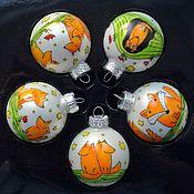 Подарки к праздникам ручной работы. Ярмарка Мастеров - ручная работа елочные шары Лисички, ручная роспись, оранжевый. Handmade.