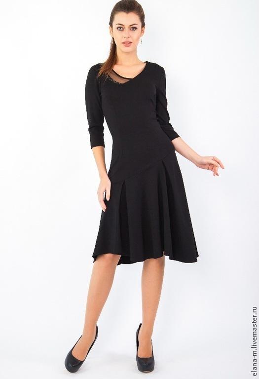 В этом сезоне, пожалуй, одним из фаворитов среди модниц, является черный цвет. Особенно, если это дизайнерское платье, помогающее добавить уверенности в Вашем образе. Внимание прохожих будет приковано именно к Вам.   черный цвет платья, вискоза с эластаном трикотажное, женское повседневное, на каждый день, по фигуре, миди для офиса, стрейч