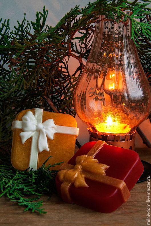 Мыло ручной работы. Ярмарка Мастеров - ручная работа. Купить Мыло Новогодний подарок от Деда Мороза. Новый год. Подарки на Новый год 2017, подарки на работу. Разноцветный