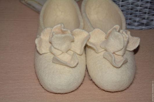 """Обувь ручной работы. Ярмарка Мастеров - ручная работа. Купить Тапочки-балетки """"Алиса в стране чудес"""". Handmade. Белый"""