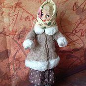 Куклы и игрушки ручной работы. Ярмарка Мастеров - ручная работа Ватная елочная игрушка Девушка в платке. Handmade.