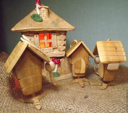Миниатюрные модели ручной работы. Ярмарка Мастеров - ручная работа. Купить Избушка на курьих ножках (дерево). Handmade. Комбинированный, избушка