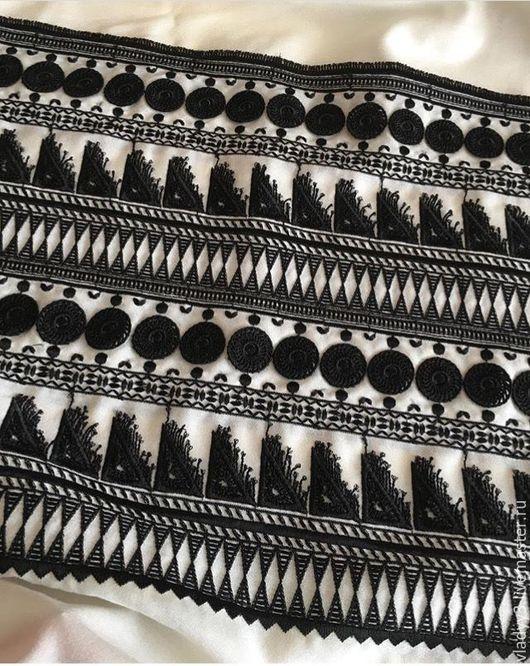 Шитье ручной работы. Ярмарка Мастеров - ручная работа. Купить Креп шерсть плательная с вышивкой. Handmade. Чёрно-белый