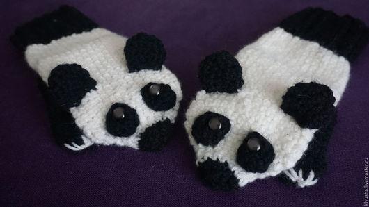 Варежки, митенки, перчатки ручной работы. Ярмарка Мастеров - ручная работа. Купить Варежки вязаные Панды. Handmade. Чёрно-белый