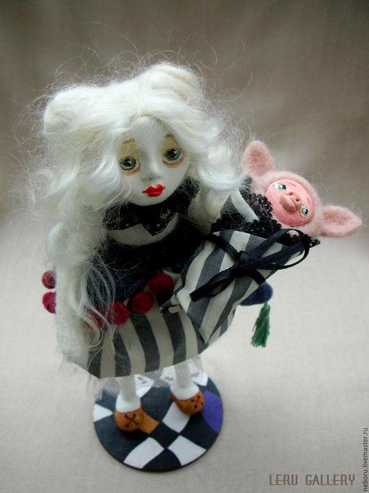 Коллекционные куклы ручной работы. Ярмарка Мастеров - ручная работа. Купить Алиса в стране чудес. Авторская коллекционная кукла.. Handmade.