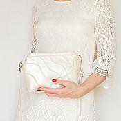 Свадебный салон handmade. Livemaster - original item Pearl clutch bag, white wedding clutch, prom bag (126). Handmade.