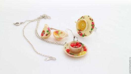 Комплекты украшений ручной работы. Ярмарка Мастеров - ручная работа. Купить Вишня с лимоном набор украшений из полимерной глины. Handmade.