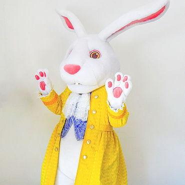 """Дизайн и реклама ручной работы. Ярмарка Мастеров - ручная работа Белый кролик """"Алиса в стране чудес"""". Ростовая кукла. Handmade."""