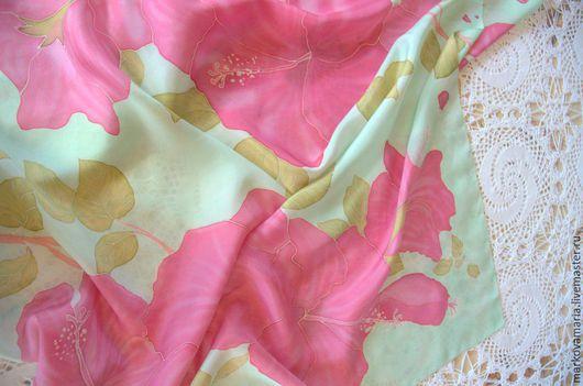 """Шали, палантины ручной работы. Ярмарка Мастеров - ручная работа. Купить Шелковый платок """"В летнем саду"""" ручная роспись батик. Handmade."""