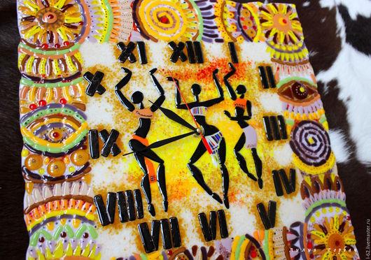 Часы для дома ручной работы. Ярмарка Мастеров - ручная работа. Купить часы из стекла, фьюзинг  Африка - любовь моя. Handmade.