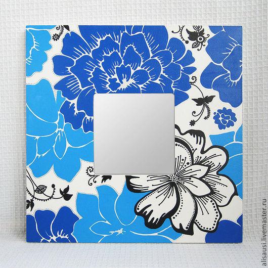 """Зеркала ручной работы. Ярмарка Мастеров - ручная работа. Купить """"Букет с синей хризантемой"""". Handmade. Синий, хризантема, белый фон"""